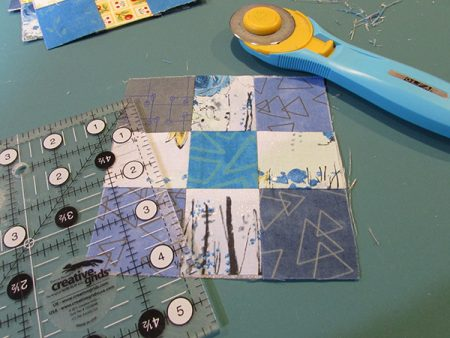 ScrapTherapy Little and Middle Scrap Grid Interfacing tutorial